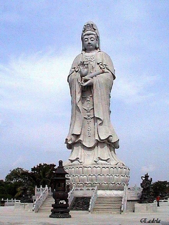 Kuil Buddha Quan Im
