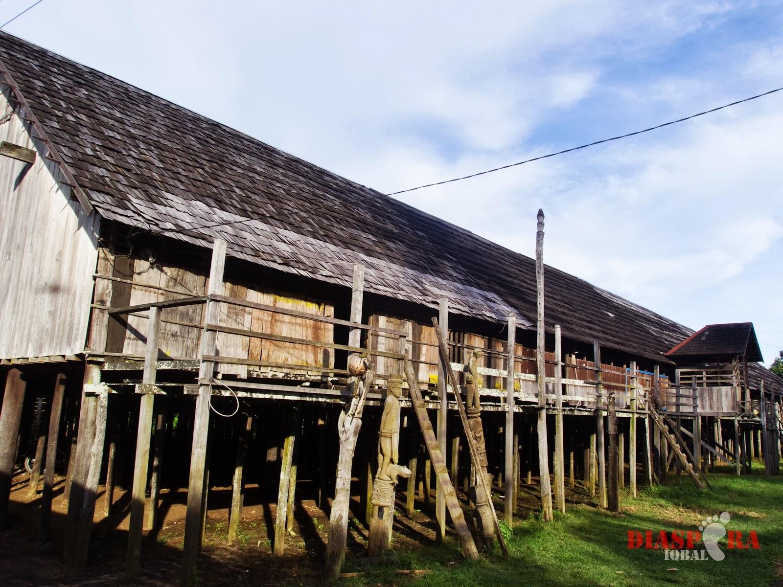 gambar rumah panjang desain rumah