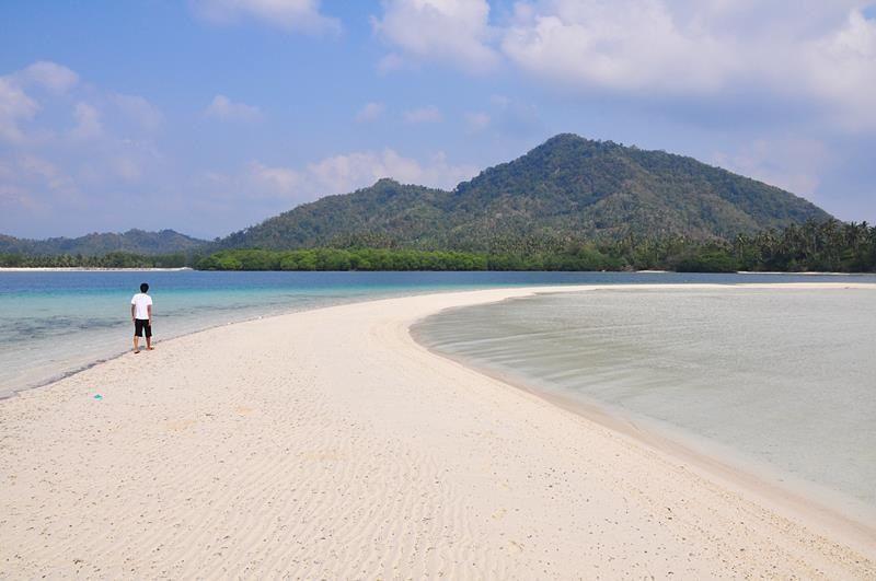 Pulau Kelagian Besar, Daya Tarik Lampung dengan Pasir Sehalus Bedak